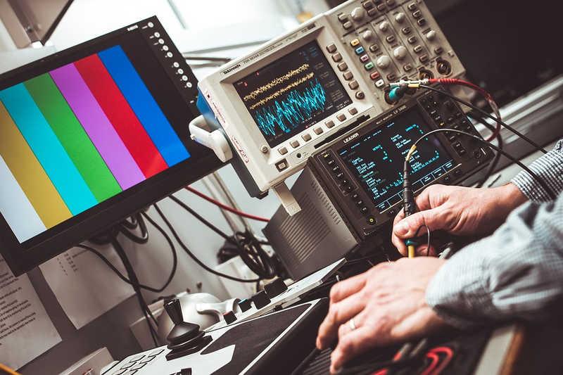 Przemysł i elektronika - jak to się uzupełnia?