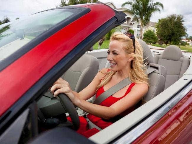 Jedziesz samochodem na wakacje? Ubezpiecz si�!