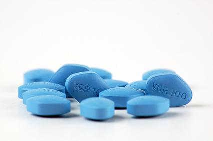 Uwaga na podróbki viagry: nielegalny handel niebieską tabletką wciąż trwa