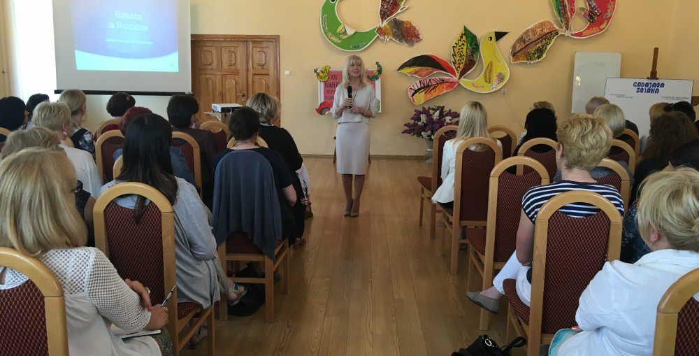 XIV Powiatowa Konferencja Pedagog�w w Szklarach G�rnych